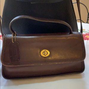 VINTAGE COACH - Brown Leather Crossbody Bag MINT!